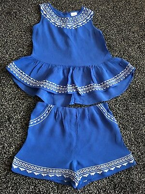 Gorgeous revir island girl clothes age 2-3 years its been worn once