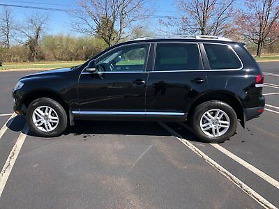 2008 Volkswagen Touareg V6 vw touareg 2 Excellent Condition Dealer Serviced With CarFax
