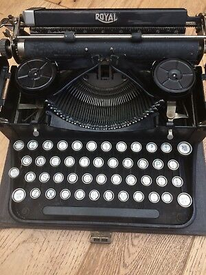 GOOD COMPANION EARLY PORTABLE TYPEWRITER ROYAL APPOINTMENT  Kp268738