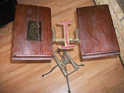 Antique Vintage L W Noyes Chicago Cast Iron & Wood Dictionary Book Stand 1895