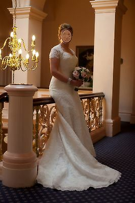 Ivory Vintage Style Fitted Beaded Lace Wedding Dress with Matching Bolero