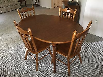 Tell City maple dining set, oval table, six chairs, two leaves