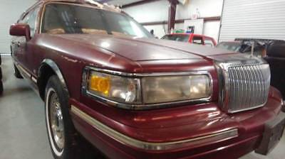 Town Car Executive 4dr Sedan FUNERAL CAR 1996 Lincoln Town Car, BURGUNDY with 39,111 Miles available now!