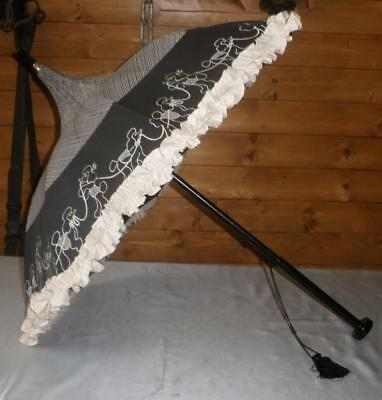 Vintage Black & White Canopy Umbrella With Dog / Poodles Design To The Canopy