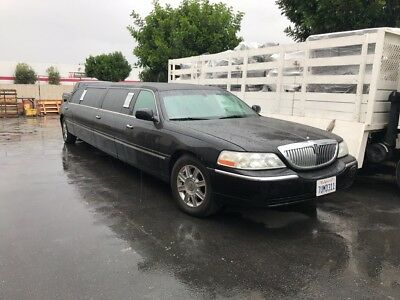 2007 Lincoln Town Car  limousine lincoln