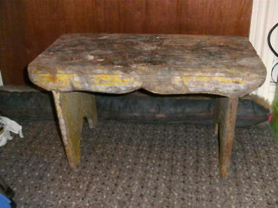 OLD STOOL 1950S   SHABBY CHIC old vintage wooden milking  stool CRACKET
