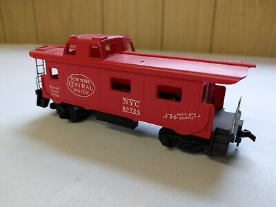 Used HO Scale, New York Central NYC Caboose 93724