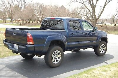 2005 Toyota Tacoma Sport TRD 4x4 Lifted 2005 Toyota Tacoma TRD SPORT ICON Coil-Overs Well Maintained NVR Offroad