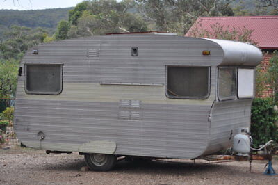 Vintage Caravan 1969 Franklin Safari 11