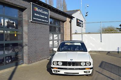 BMW E30 318i Cabriolet -Unrepeatable example, must see.