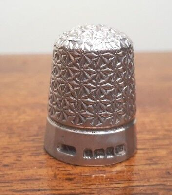 Solid Silver Thimble Henry Giffiths & Sons Birmingham 1902 Star Pattern size 18