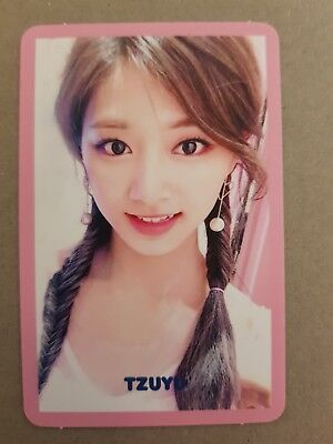 TWICE TZUYU Authentic Official PHOTOCARD #2 SIGNAL 4th Album Photo Card 쯔위