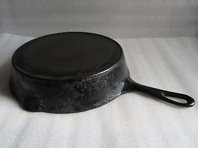 "Nice Antique #8 Cast Iron 10 5/8"" Skillet w/ Heat Ring"