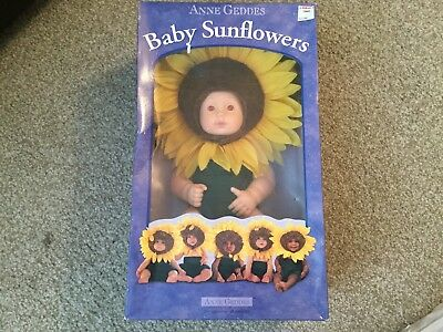 "Anne Geddes Baby Sunflowers Doll 1999 NIB 14"" #526584"