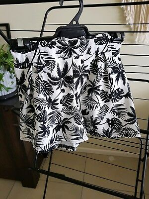 Womens Palm Tree Boohoo Shorts Size 10 - $7 ONO - Free Express Postage Aus