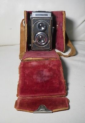 Zeiss Ikon, Ikoflex II Camera with Case.