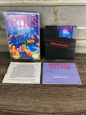 Nintendo NES Tetris Game Cartridge w/ Box Dust Cover Manual and Case