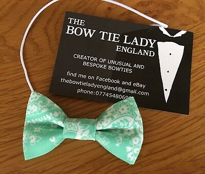 The Bow Tie Lady - Baby Bow On Elastic- Pale Green Cotton With Cream Pattern