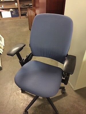EXECUTIVE CHAIR by STEELCASE LEAP V2 MODEL *FULLY LOADED*
