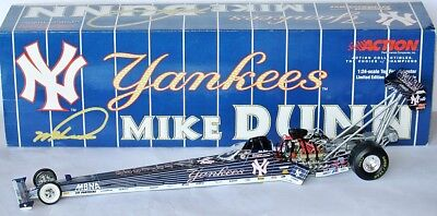 NHRA TOP FUEL DRAGSTER 2001 * NY YANKEES * Mike Dunn - 1:24 Action