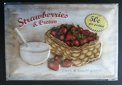 STRAWBERRIES & Cream, fresh & locally - Blech Schild ca. 20x30 cm Nostalgic-Art