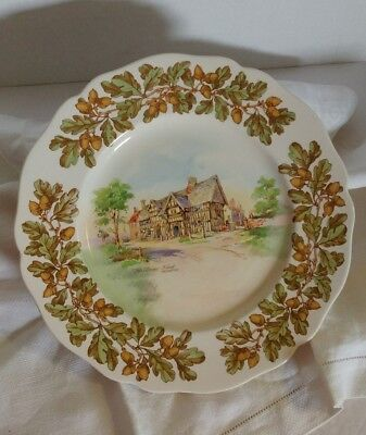 Royal Doulton OLD ENGLISH INNS dinnerware BEARS HEAD BRERTON 10.5in dinner plate