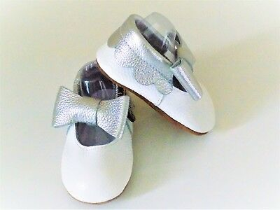 Flynn Livvy  leather 'Lottie' baby moccasins. Flower girl shoes. 12-18 months