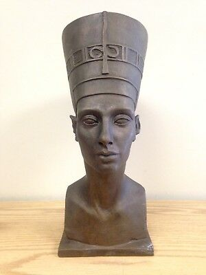 Vintage Austin Productions 1961 Egyptian Queen Nefertiti Bust Ceramic Statue