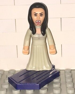 BBC Character Building DOCTOR WHO MICRO FIGURES SERIES 2 Vampire