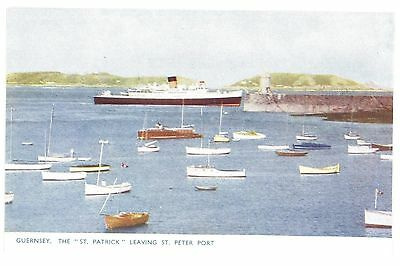 """Royaume-Uni - GUERNSEY - The """" ST. PATRICK """" leaving ST. PETER PORT"""