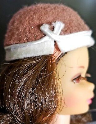 "VINTAGE BARBIE ""SORORITY MEETING"" #937 Original Brown Felt Hat! Pristine"