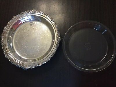 Vintage Sheridan Silverplated Footed w/ Pyrex glass insert Pie Dish 12 inch