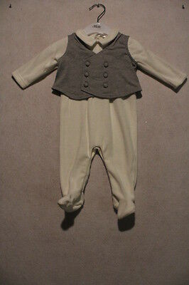 Baby Boys Size 000,00,0 Bebe Winter Ivory Velour Romper With Grey Vest NWT