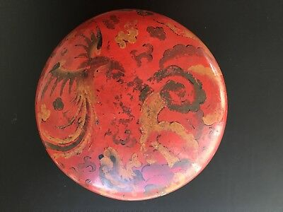 Antique Chinese Lacquer Box with Dragon and Phoenix Design (19th Century)