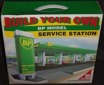 (1995 Edition) Build Your Own BP Model Service Station! No Glue Needed!