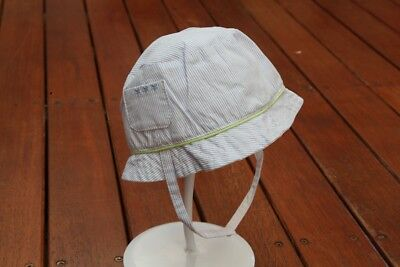 Toddler Baby Boys Stripe Detail Cotton Bucket Hat w/Strap *Size 6-12 months