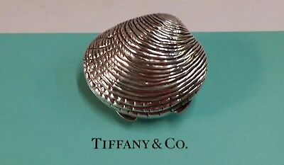 Fine Vintage Tiffany & Co Italy Sterling Silver Clam Shell Pill Box w/ Box