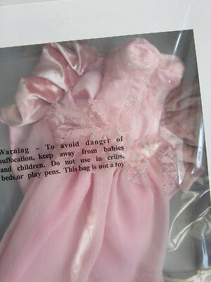 Oz Stroll NRFB Glinda Wilde Imagination outfit Fits Evangeline.  Free gift added