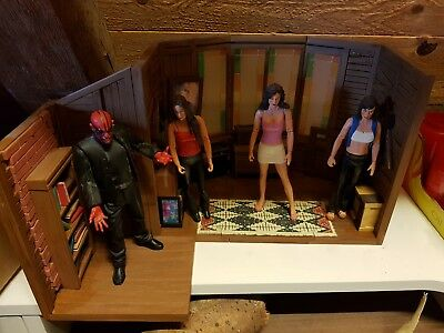"Charmed/Buffy Playset + 4x Figures Lot Complette    "" Rar  !!!"