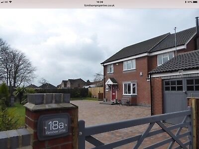 6/7 Bedroom Detached House For Sale (Derbyshire) No Onward Chain / No Canvasers