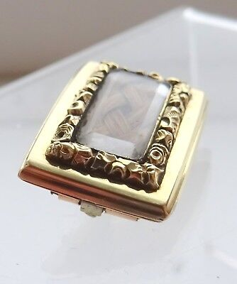Georgian 10ct Gold and Blond Hair Mourning Brooch