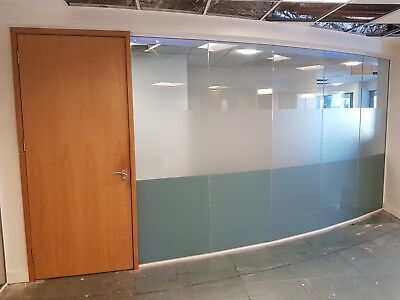6.21 METRE WIDE GLASS PARTITION WITH 6 x GLASS PANELS, 1 x DOOR & FRAMES £615