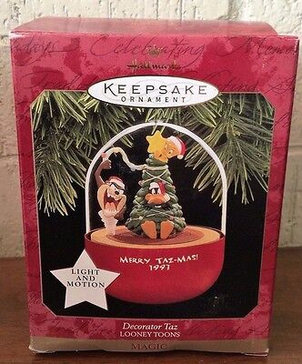 Hallmark Keepsake Ornament Merry Taz-Mas! 1997 Looney Tunes New in Box Mint