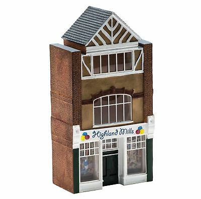 HORNBY Low Relief Shop R9756 - Model Trains OO / HO - Layout Ready