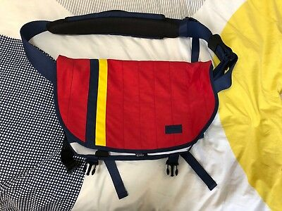 "Preloved Crumpler Messenger Bag ""The Barney Rustle Blanket"""