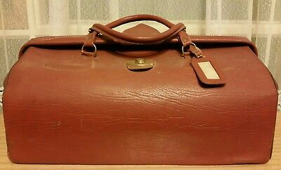 Gladstone bag. Original in brown leather. 1950's!