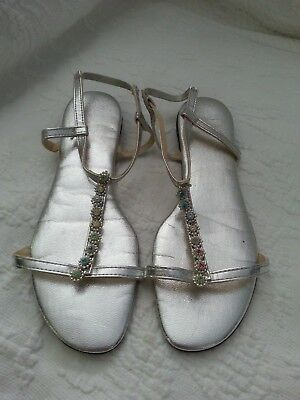 Ladies silver lame strappy vintage sandals size 5-5 1/2