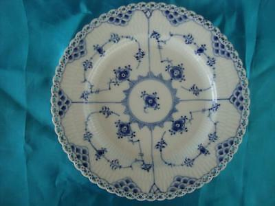 Good Royal Copenhagen Blue Fluted Full Lace Plate.