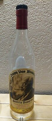 Pappy Van Winkle's Family Reserve 15 Years Old Whiskey Bottle