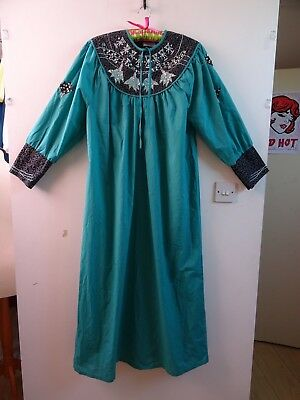 Unbranded embroidered/sequined green KAFTAN Arabic style /festival/ethnic L/XL